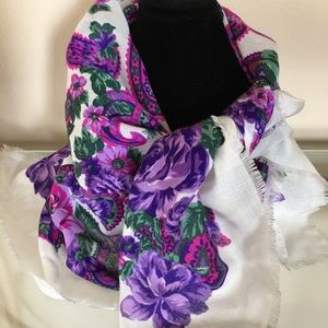 Accessories - 2 scarves